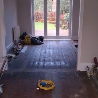 Pine Floorboards Clear varnish.jpg 3