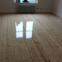 Pine floorboards 2