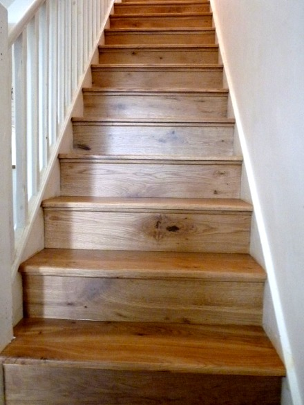 Hardwood staircases bristol wooden stairs fitters for Hardwood floors on stairs
